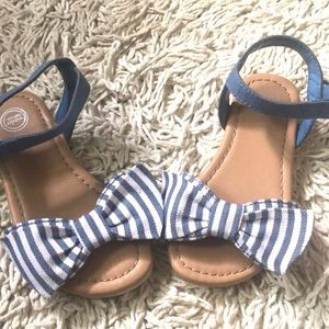 Wonder Nation Baby Girl Size 7 Striped Bow Sandals